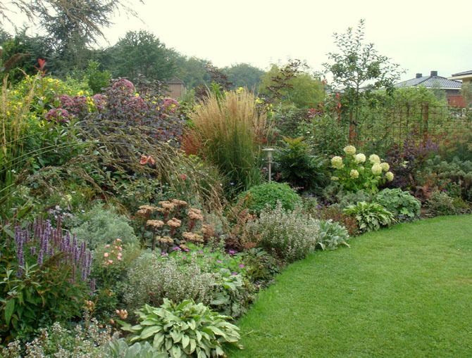 Villatuin in spoolde harry pierik tuinontwerp for Mooie tuinen kijken