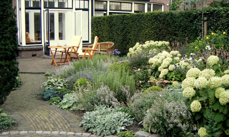 Planten In Tuin : Zilvergrijze tuin harry pierik tuinontwerp